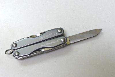 Leatherman squirt P4 (レザーマン スクォートP4) ナイフ