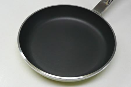 アサヒ軽金属 ニューディナーパン 表面 再加工後