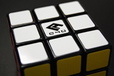 ルービックキューブ シール ロゴ