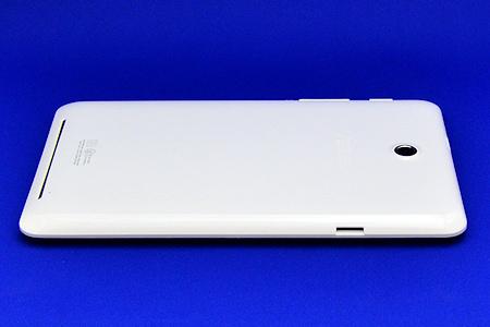 ASUS MeMO Pad HD7 ひだり側面